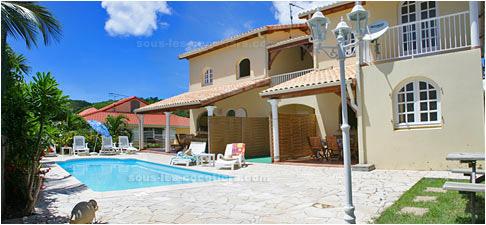 Location martinique soleil du sud sainte anne martinique for Villa modulaire martinique