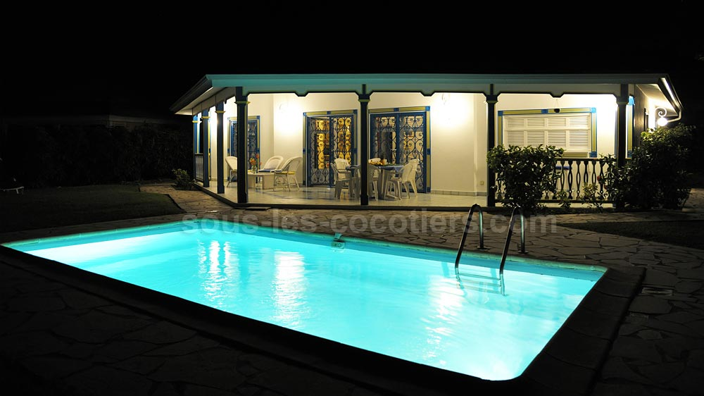 Location villa guadeloupe villa papaye saint francois for Piscine vitry le francois