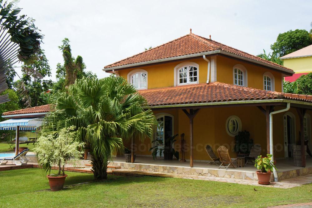 location villa martinique villa bourgois lamentin martinique. Black Bedroom Furniture Sets. Home Design Ideas
